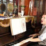 Ilsussidiario Italian magazine Victorian house piano