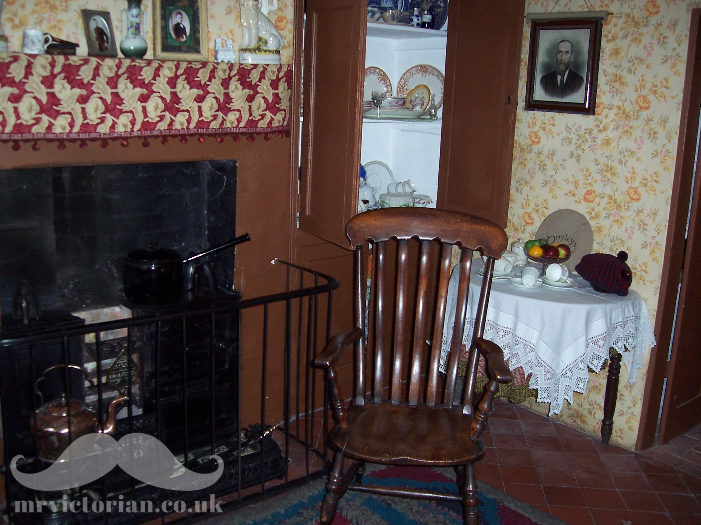 Top ten Victorian interiors Ruddington Framework Knitters Museum Cottage range kitchen quarry tiles