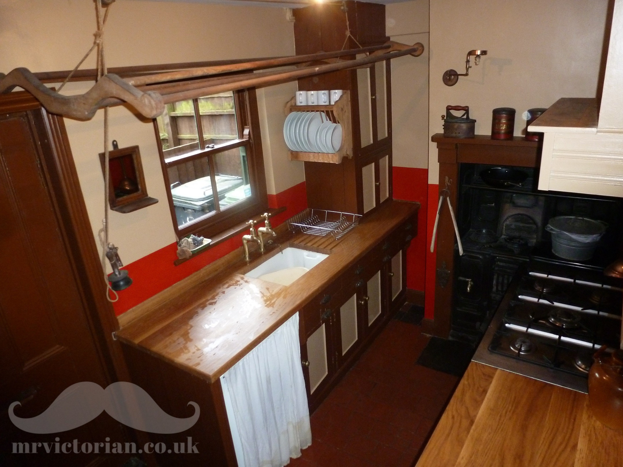 Victorian house tour scullery with 1920 colour scheme. Visit www.mrvictorian.co.uk
