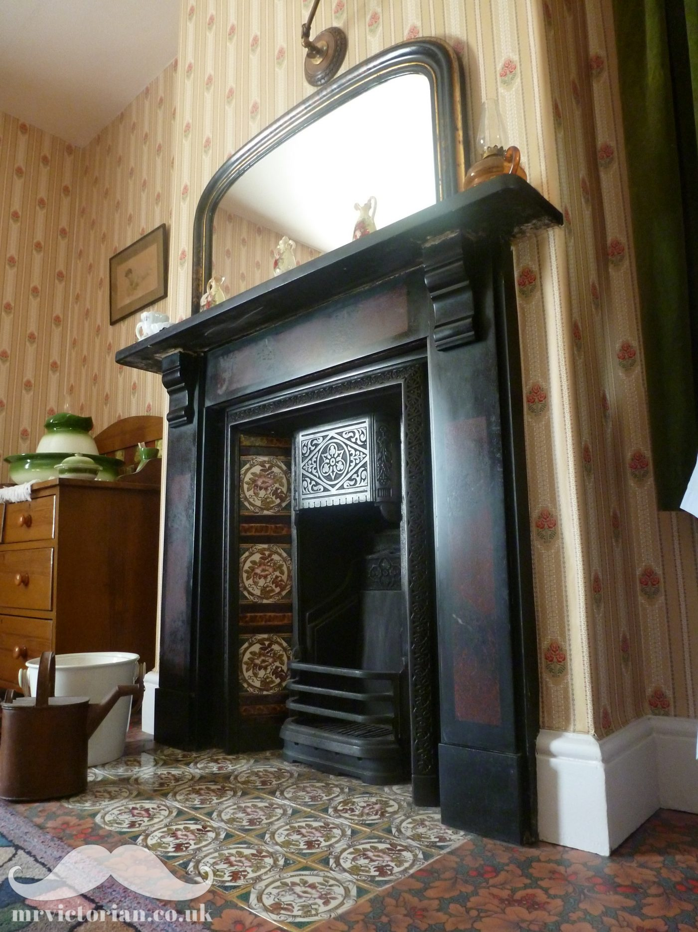 Super Top Tips For Reinstating A Victorian Fireplace Mr Victorian Home Remodeling Inspirations Cosmcuboardxyz