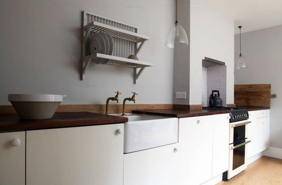 Modern kitchen plain vintage inspired butler sink plate rack