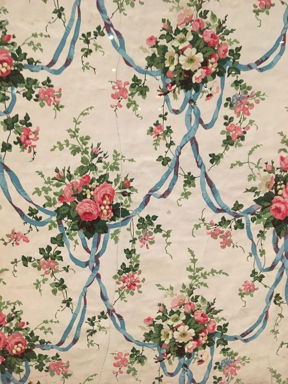 Sanderson 1960s floral wallpaper ribbon swags